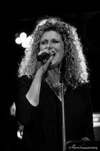 Sophie Proix, Chant